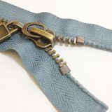 Garments를 위한 2016 고대 Bronze Zipper