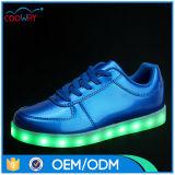 Chaussures colorées d'éclairage LED de simulation avec 11colors changeable