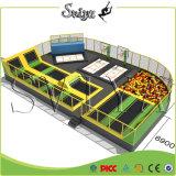 Free Jump Foam Pit Kids Lit de trampoline intérieur avec filet