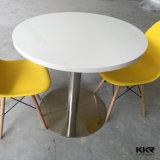 Mesa de centro y sillas superficiales sólidas blancas de Kkr para la persona 4