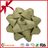 Curva verde da estrela da fita do presente para o empacotamento do Natal
