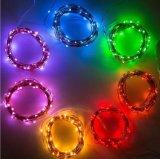 La chaîne de caractères féerique allume des lumières de luciole de câblage cuivre de l'adaptateur RVB à télécommande pour le mariage de DIY
