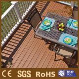 Tarjetas compuestas exportadas diseño del Decking del suelo al aire libre de WPC