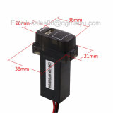 三菱のための特別な5V 2.1A USBインターフェイスソケット車の充電器および電圧計の使用