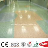 工場商業使用のオフィスの病院のヘルスケア2.0mmのための卸し売りPVCスポーツの床