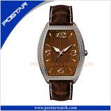 Orologio tradizionale del quarzo dell'acciaio inossidabile degli uomini di affari