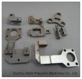 Подгонянные части CNC алюминия подвергая механической обработке для автомобиля уточняют вспомогательное оборудование