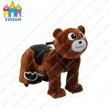 Самокат удобоподвижности катания ребенка плюшевого медвежонка электрической семьи плюша крытый