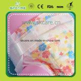 Устранимая пеленка младенца с волшебным листом задней части хлопка ленты