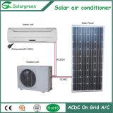 Solarklimaanlage, auf Rasterfeld. AC/DC verdoppeln Energie