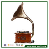 Klassisches dekoratives Grammophon mit CD-Player