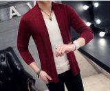Manteau chandail, veste en tricot. Sweat tricots, traitement de pull, chandail long