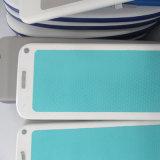 女性のための淡いブルーの膨脹可能な水ヨガのマット