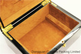 Роскошный высокий лоск деревянный определяет коробку вахты упаковывая