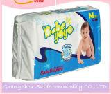 Weiche Baby-Windel für aktives Baby
