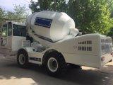 Mini individu chargeant le camion diesel hydraulique mobile de mélangeur concret