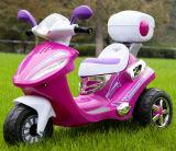 音楽および多彩なLEDライトが付いているオートバイの子供の乗車