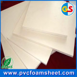 Hoja pura de la espuma del PVC del blanco