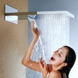 多機能のシャワーのミキサーの浴室の一定の真鍮の天井のシャワーセット