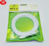 Câble de caractéristiques rond de Belkin USB 2m avec l'emballage (sac)