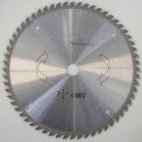 La circular del T.C.T. vio la lámina, cortando el disco