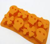 Halloweenの頭骨のシリコーンのカスタム角氷メーカー