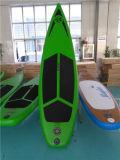 خضراء يتسابق لوح ركوب الأمواج لأنّ عمليّة بيع