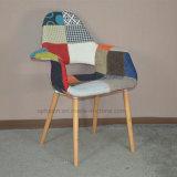 Cadeira de madeira da sala de jantar do coxim da tela da forma (SP-EC851)