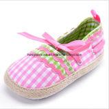 Крытые ботинки младенца 08 малыша