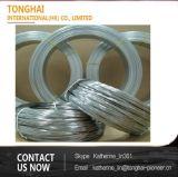 Fio de aço inoxidável do ferro ou do metal na bobina ou no carretel