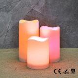 Les lumières sans flammes de thé de DEL complètent des lanternes de bougie en métal fonctionnelles et des faveurs délicieuses de mariage