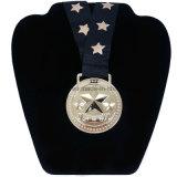 黒いビロードのギフト袋が付いている2017カスタマイズされた金賞メダル