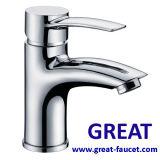 Твердый латунный Faucet тазика ванной комнаты с 5-летней гарантированностью (GL35401A54)