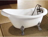 爪のフィートの旧式なコックが付いている標準的な浴槽の骨董品の浴槽