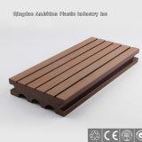 Decking approuvé de la CE WPC pour la décoration de plancher
