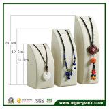 Rétro étalage de bijou de collier de type avec la qualité fantastique