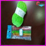 Filato fantasia degli aghi di plastica che lavora a maglia il filo di cotone eccellente mescolato acrilico