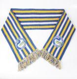 Акриловые футбольные болельщики связали шарф