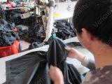De Inspectie van de Kwaliteit van Rainsuit, QC Inspectie, de Controle van de Productie en de Controle van de Productie