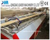 Perfis plásticos de madeira do Decking do PVC WPC que fazem a máquina