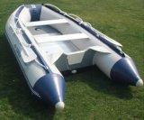 Grande barca per la nave di soccorso del PVC