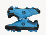 Blau färbt im Freienfußball-Fußball-Mann-Schuhe für Verkauf