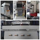 Madera del ranurador del CNC que talla cortando la máquina Akm1325c de Engraveing