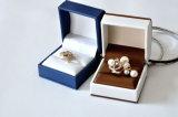 Кожаный коробка ювелирных изделий для Rings-Ys331