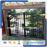 Diseño de la cerca del hierro labrado del jardín de la fábrica