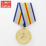 Heißer Verkaufs-neue Art lassen China der Andenken-3D mit Farbband kundenspezifisch anfertigen Sport-Armee-Medaillon-Militärmetallgoldpreis-Medaille