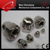 Kohlenstoffstahl-galvanisierte Abdeckung-Kapselmutter DIN1587