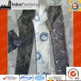 Adattamento stampato dei jeans