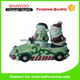 Statua del Babbo Natale della decorazione due di natale fatta di materiale di ceramica