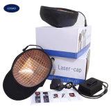 Le mani liberano il sistema di ringiovanimento di ricrescita dei capelli di terapia della luce laser
